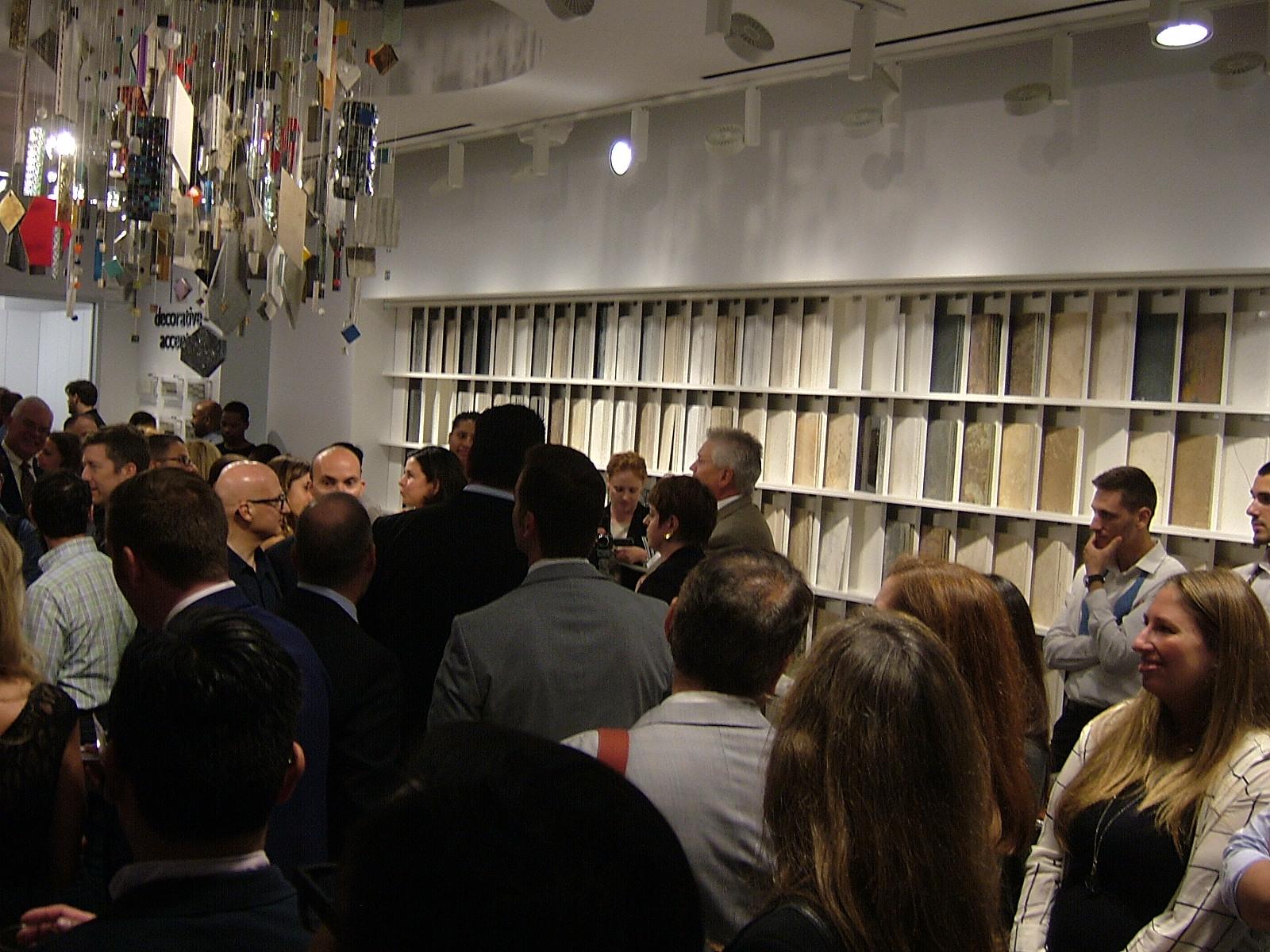 Daltile Brings Fresh Perspective To Manhattan Design Studio TileLetter - Daltile industry